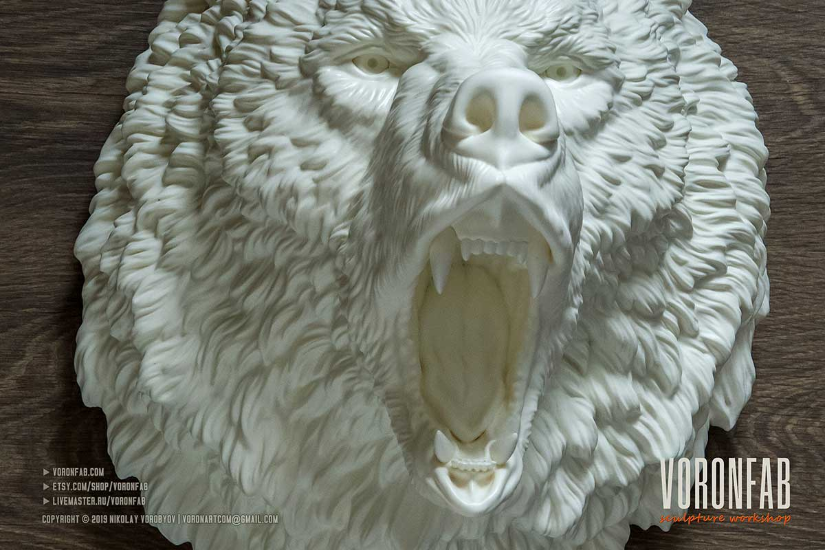 Lagre roaring bear head hunting trophy wall sculpture